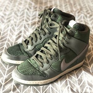 Nike Sky High Dunk Carbon Green Wedge